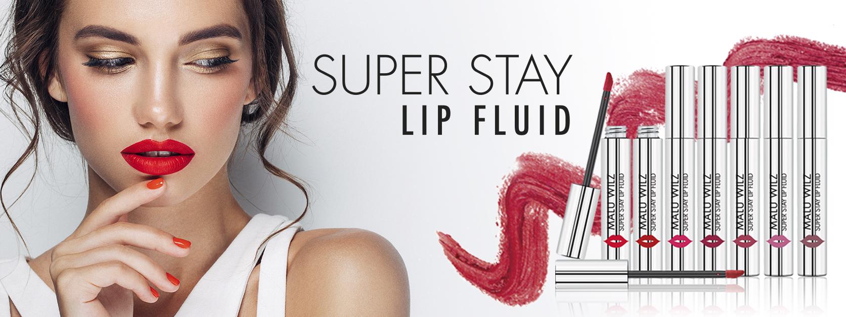 junge Frau mit matten Lippen
